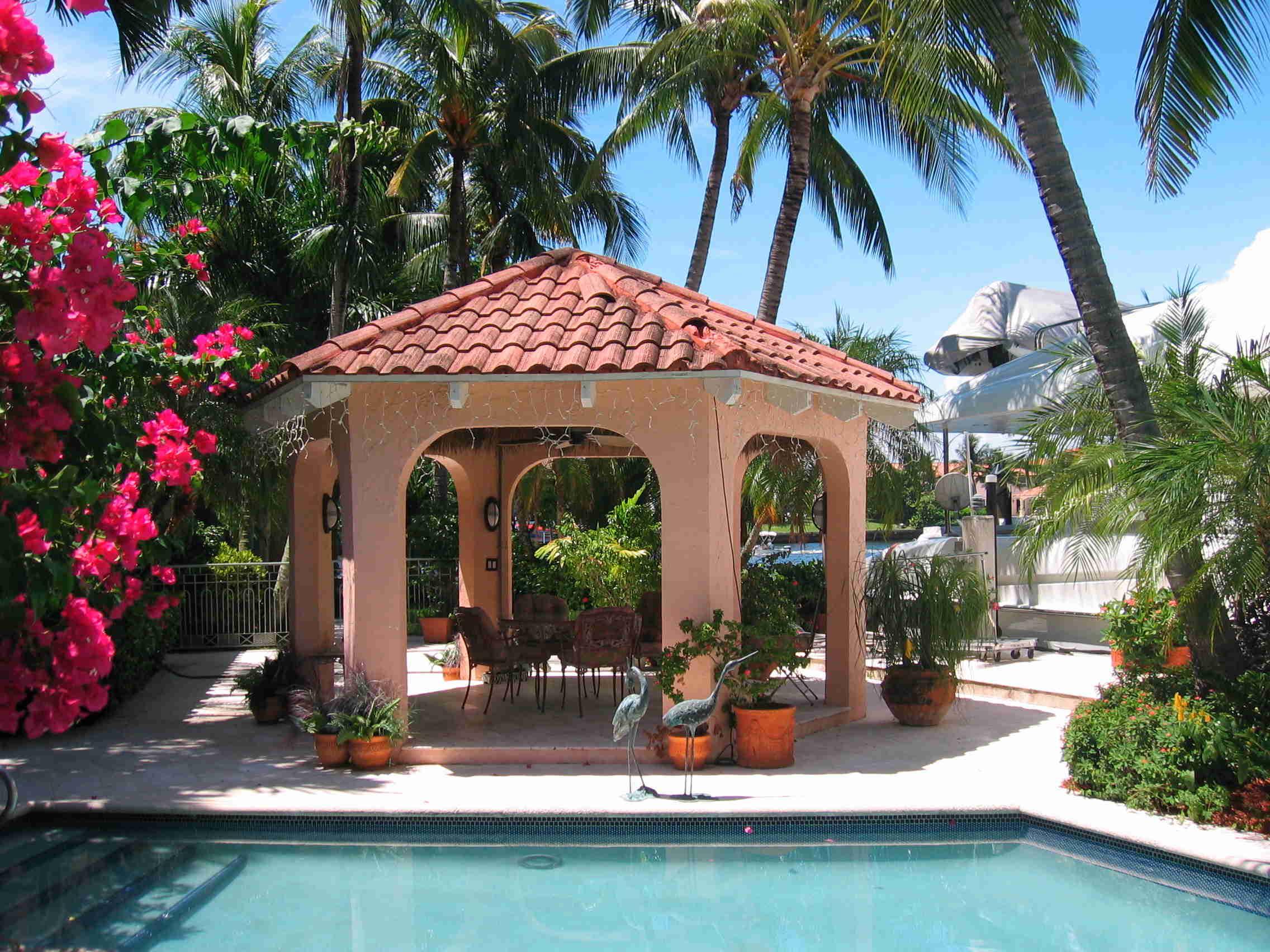 Florida Real Estate Fabulous Homes